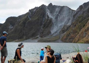 Mount Pinatubo Hiking Tour – 1 day
